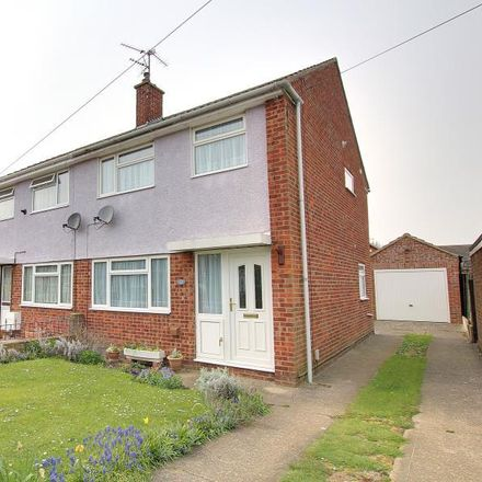 Rent this 3 bed house on Norwood Grove in Beverley HU17 9HS, United Kingdom