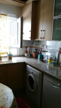 Rent this 2 bed room on Calle Josefa del Río Peña in 6, 29018 Málaga