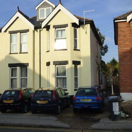 Rent this 1 bed house on Linwood School in Alma Road, Bournemouth BH9 1AJ