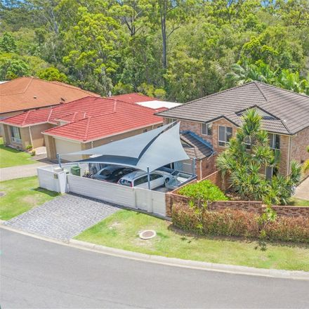 Rent this 5 bed house on 20 Watergum Parade