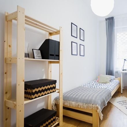 Rent this 7 bed room on Jaworzyńska 11 in 00-634 Warsaw, Poland