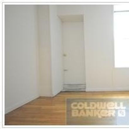 Rent this 3 bed apartment on 163 East 92nd Street in New York, NY 10128