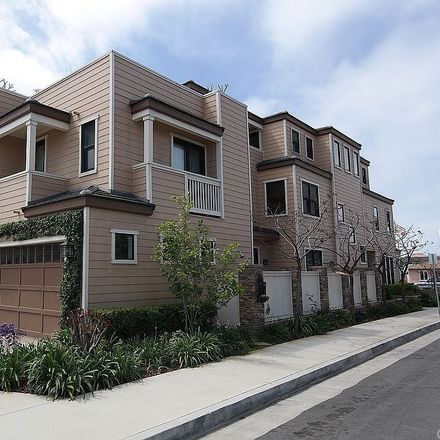 Rent this 3 bed house on 720 Huntington Street in Huntington Beach, CA 92648