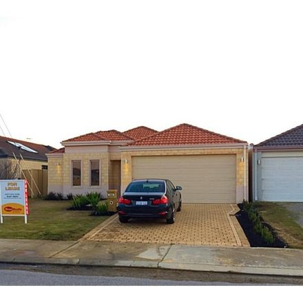 Rent this 3 bed house on 89 Comrie Road