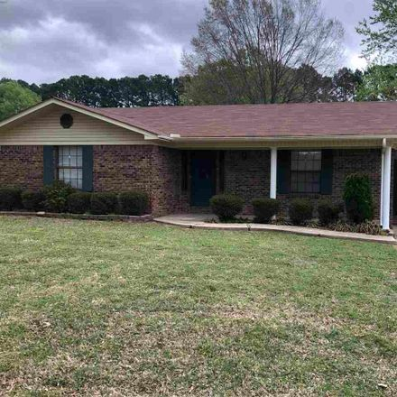 Rent this 3 bed house on Quapaw Trl in Jacksonville, AR