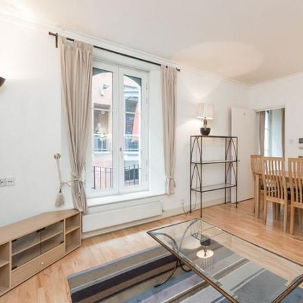 Rent this 1 bed apartment on Charing Cross Railway Station in Villiers Street, London