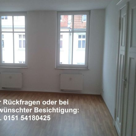 Rent this 3 bed apartment on Blumenstraße 37 in 03149 Forst (Lausitz) - Baršć, Germany
