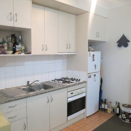 Rent this 1 bed apartment on P36/6-18 Poplar St