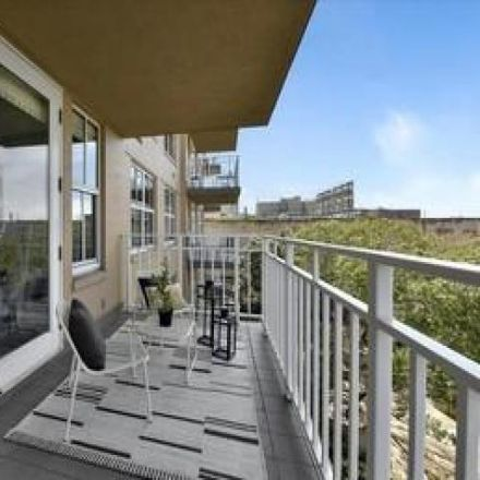 Rent this 1 bed condo on 1650 Jackson Street in San Francisco, CA 94109
