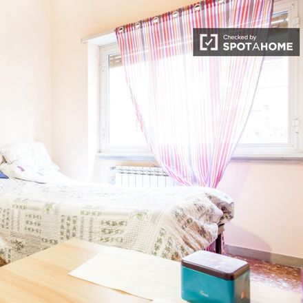Rent this 3 bed room on Via Gaspare Gozzi in 181, 00145 Rome RM