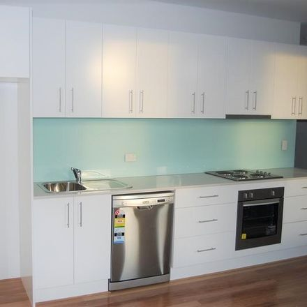 Rent this 1 bed apartment on 17/2a Jaques Avenue