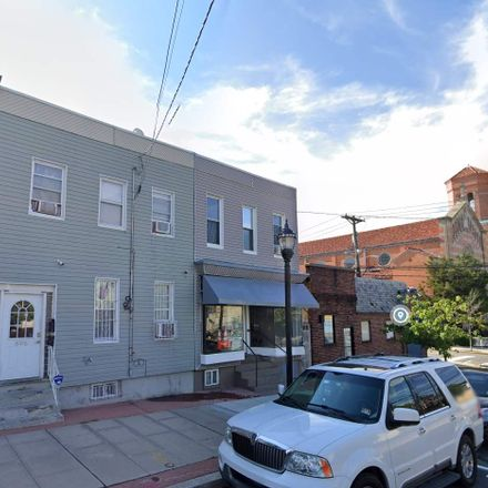 Rent this 3 bed duplex on 806 Central Avenue in Union City, NJ 07087