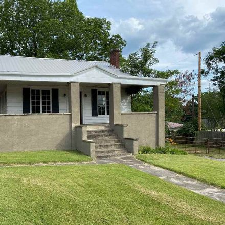Rent this 3 bed house on 1310 Argillite Road in Flatwoods, KY 41139