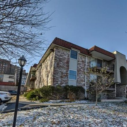 Rent this 2 bed apartment on Baltimore Ave in Kansas City, MO