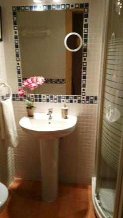 Rent this 2 bed room on Calle Josefa del Río Peña in 6, 29018 Málaga