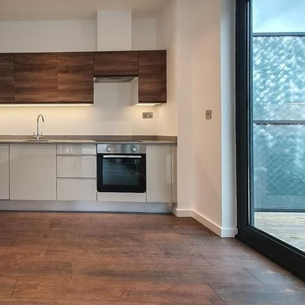 Rent this 2 bed apartment on 53 High Road in Broxbourne EN10 7HX, United Kingdom
