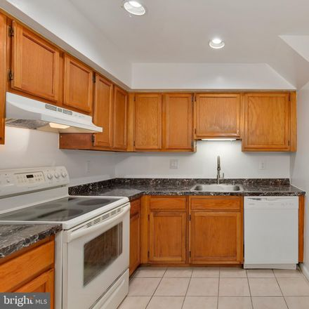 Rent this 3 bed condo on 19942 Appledowre Cir in Germantown, MD