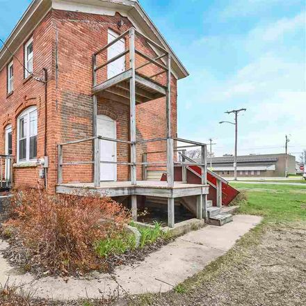Rent this 3 bed house on 622 Forest Street in Green Bay, WI 54302