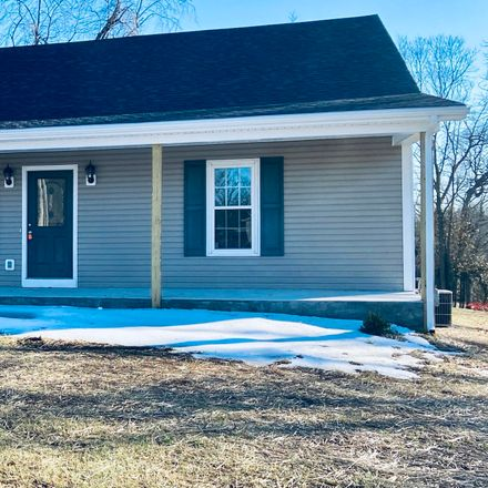 Rent this 3 bed house on 115 Payne Avenue in Bardstown, KY 40004