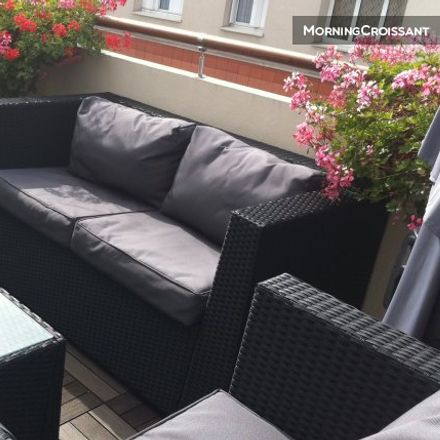 Rent this 1 bed room on 2-4 Rue Tolain in 75020 Paris, France
