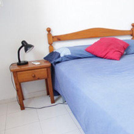 Rent this 2 bed room on Casual de las Letras in Calle Alhóndiga, 24a