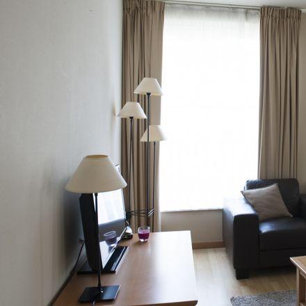 Rent this 2 bed apartment on Avenue des Anciens Combattants - Oud-Strijderslaan 81 in 1140 Evere, Belgium