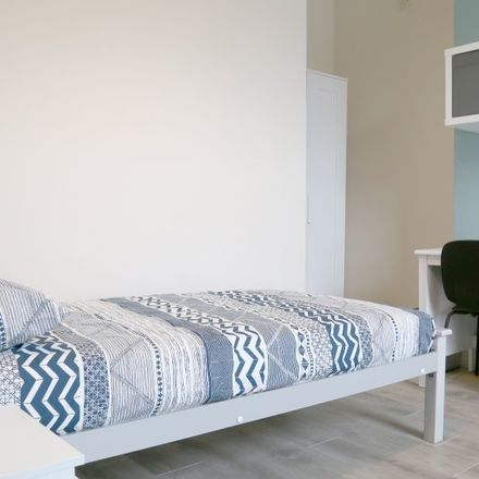Rent this 8 bed apartment on St Peter's in Dalymount, Arran Quay A ED
