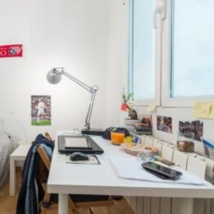 Rent this 1 bed room on Calle del Mesón de Paredes in 28012 Madrid, Spain