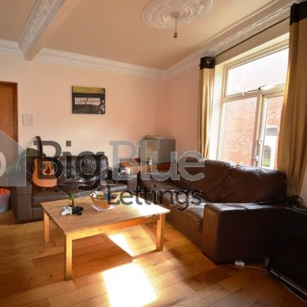 Rent this 9 bed house on Avtar in Raven Road, Leeds LS6 1DA
