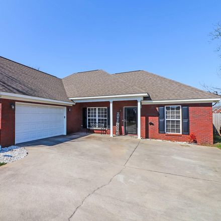 Rent this 3 bed house on 6779 Houston Road in Macon, GA 31216