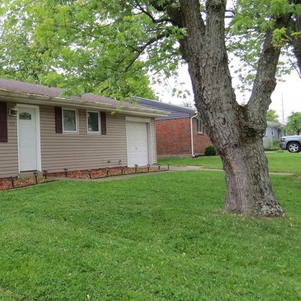 Rent this 3 bed house on Miriam Dr in Florence, KY