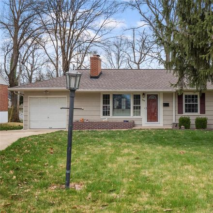 Rent this 3 bed house on 709 West Kirkham Avenue in Glendale, MO 63122