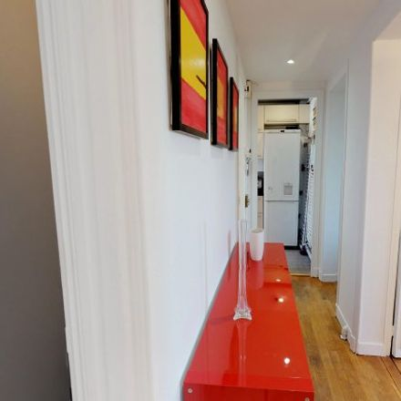 Rent this 2 bed apartment on 32BIS Avenue Édouard Vaillant in 75016 Boulogne-Billancourt, France