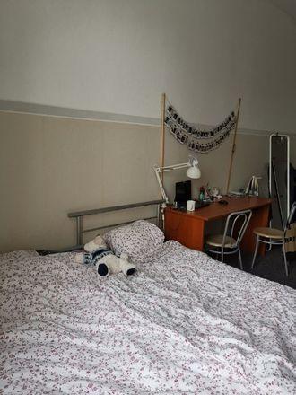 Rent this 4 bed room on Wólczańska 21 in 95-100 Łódź, Polska