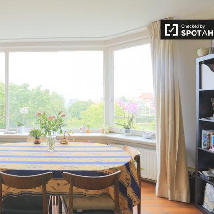 Rent this 1 bed apartment on Immo I.D. in Square Ambiorix - Ambiorixsquare 32, 1000 Ville de Bruxelles - Stad Brussel