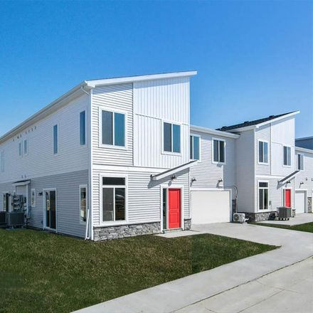 Rent this 3 bed townhouse on Waukee