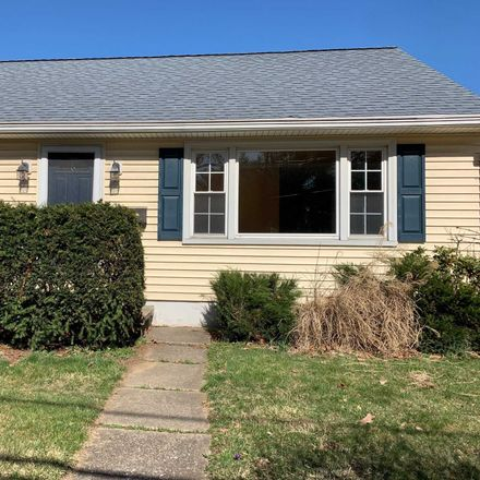 Rent this 2 bed house on 2 Sherwood Place in Hyde Park, NY 12538