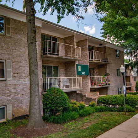 Rent this 2 bed apartment on 374 N. Summit Avenue in Gaithersburg, MD 20877