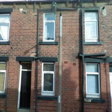 Rent this 2 bed house on East Park Mount in Leeds LS9 9JX, United Kingdom