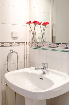 Rent this 10 bed room on Carrer de Balmes in 162, 08008 Barcelona