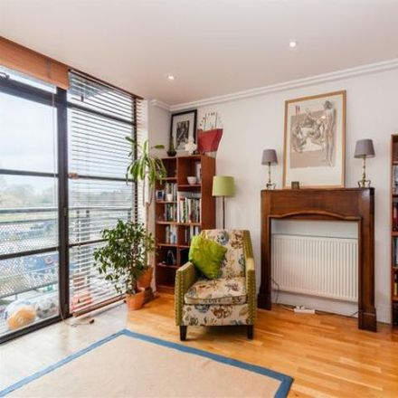 Rent this 2 bed apartment on Point Wharf in London TW8 0BX, United Kingdom