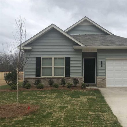Rent this 3 bed house on 1152 Glades Parkway in Calera, AL 35040