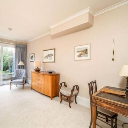 Rent this 5 bed house on Bitton in Bath Road, Oldland Common BS30 8