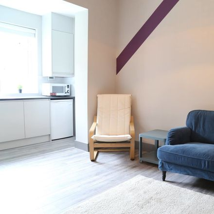 Rent this 4 bed room on 8 The Rise in Whitehall, Dublin 9