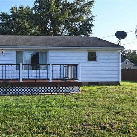 Rent this 3 bed house on Hilton St NW in Massillon, OH