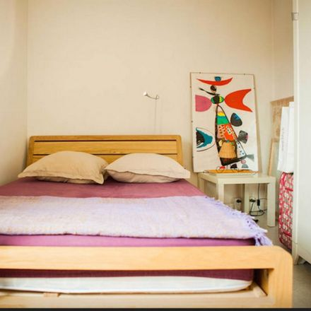 Rent this 4 bed room on 55 Rue de Ménilmontant in 75020 Paris 20e Arrondissement, France