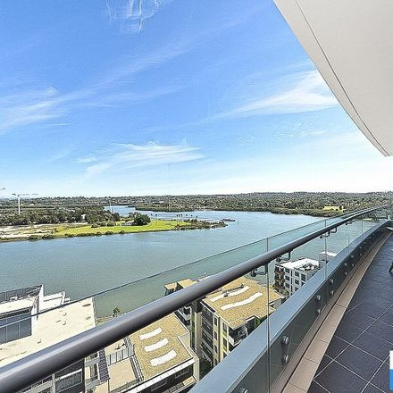 Rent this 2 bed apartment on 1207/87 Shoreline Drive