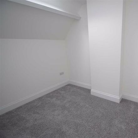 Rent this 1 bed apartment on Natwest in Brighouse center, Bradford Road