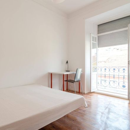 Rent this 6 bed room on R. Carvalho Araújo 41 in 1900-023 Lisboa, Portugal