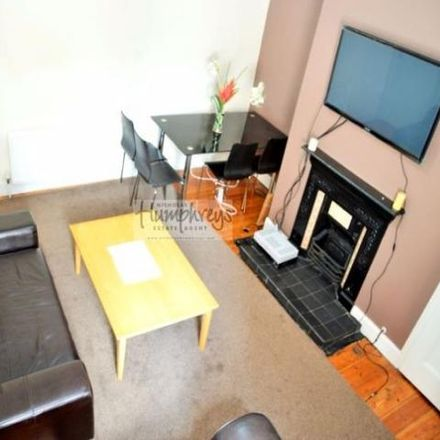 Rent this 3 bed apartment on Shortridge Terrace in Newcastle upon Tyne NE2 2JH, United Kingdom